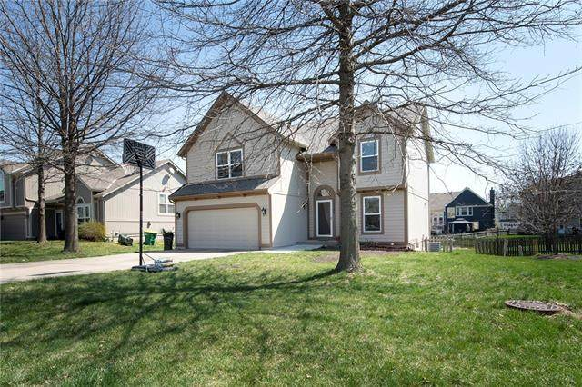 15301 Marty Street, Overland Park, KS 66223 (#2306299) :: Five-Star Homes