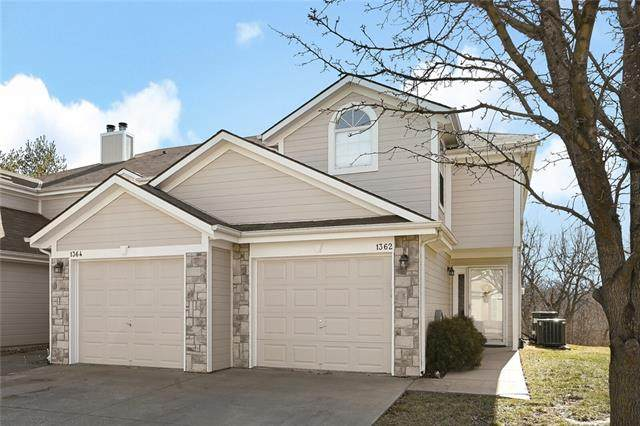 1362 NW Hidden Ridge Circle, Blue Springs, MO 64015 (#2306494) :: Team Real Estate