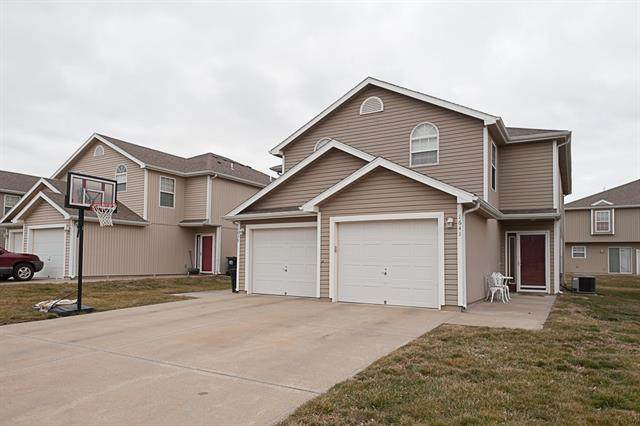 1641 SW Shelby Drive, Lees Summit, MO 64081 (#2306631) :: Eric Craig Real Estate Team