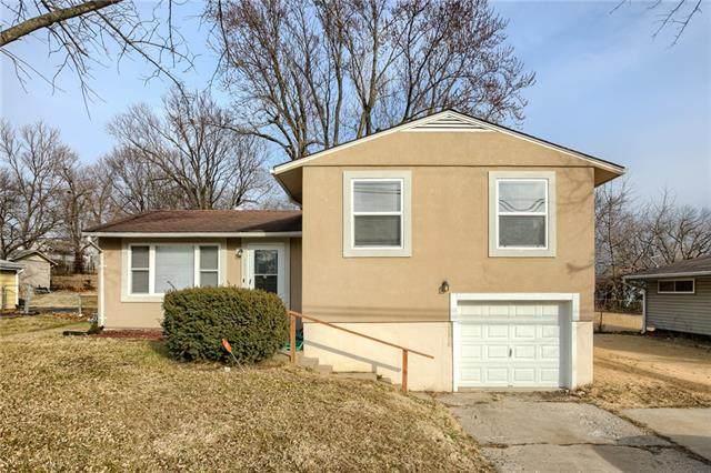 4321 N Brighton Avenue, Kansas City, MO 64117 (#2306643) :: House of Couse Group