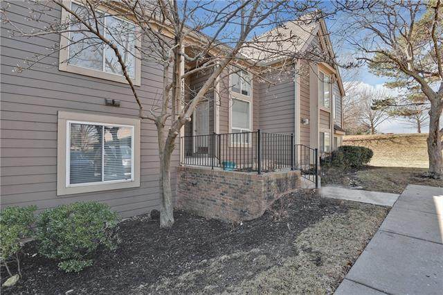 11208 Nieman Road #101, Overland Park, KS 66210 (#2306664) :: The Kedish Group at Keller Williams Realty