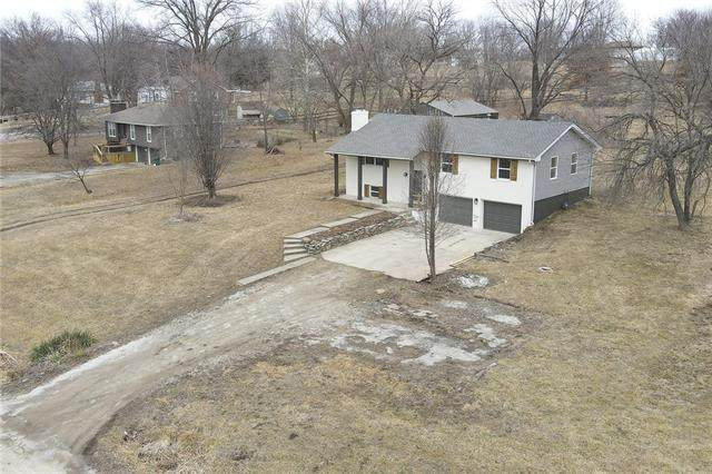 6511 SE Horseshoe Drive, Holt, MO 64048 (#2306752) :: Edie Waters Network