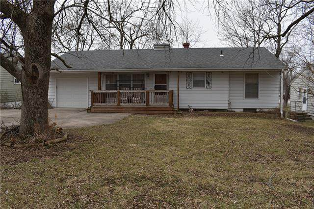 3502 S Bowen Street, Independence, MO 64055 (#2306766) :: Beginnings KC Team