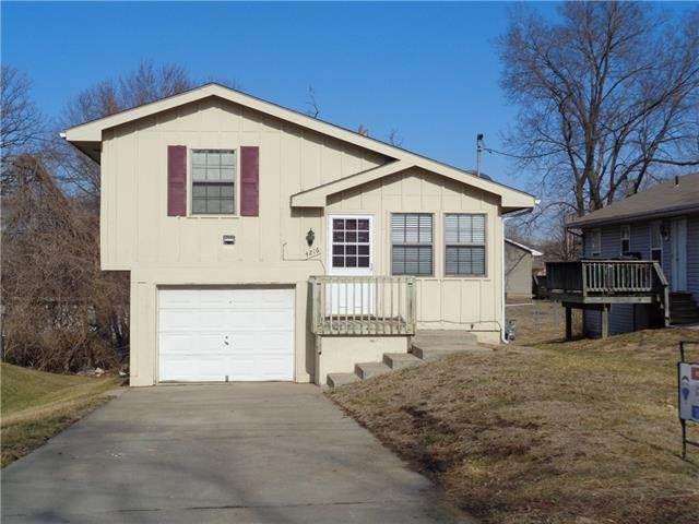 4216 NE 46th Street, Kansas City, MO 64117 (#2306826) :: The Shannon Lyon Group - ReeceNichols