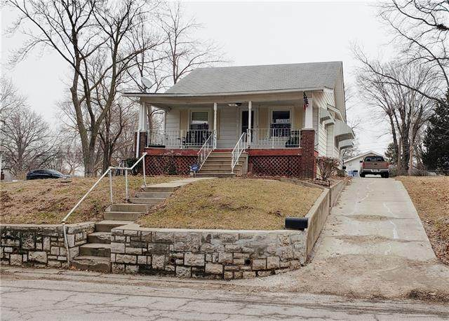 2209 N 43rd Street, Kansas City, KS 66104 (#2306862) :: The Rucker Group