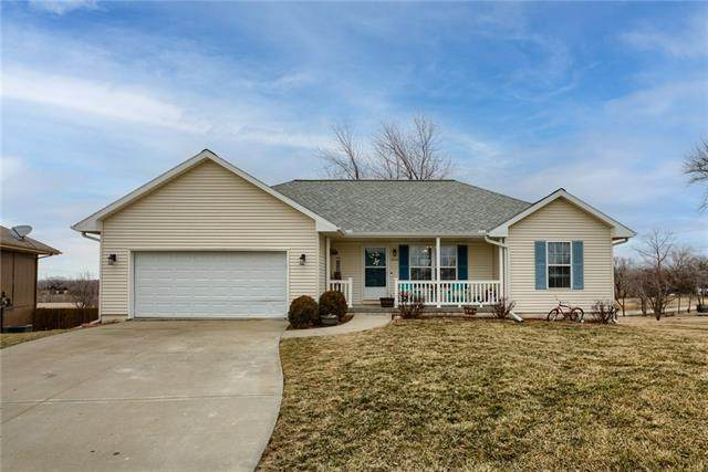 2212 E Ivory Circle, Excelsior Springs, MO 64024 (#2306945) :: The Rucker Group