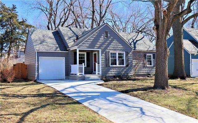 5401 Rosewood Street, Roeland Park, KS 66205 (#2306955) :: House of Couse Group