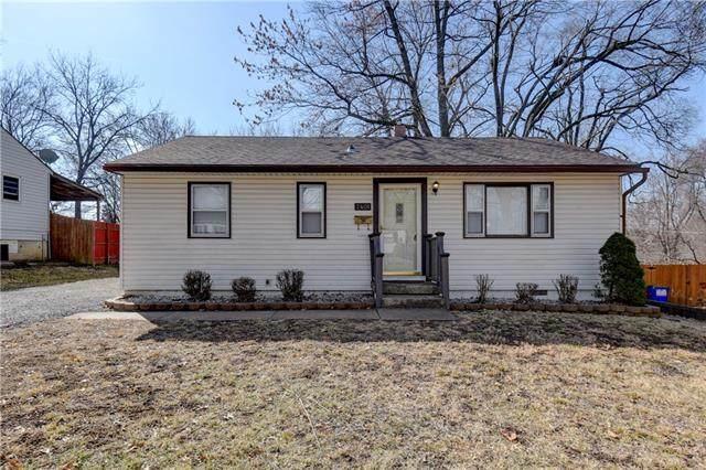 2401 NE 59TH Terrace, Gladstone, MO 64118 (#2307032) :: Team Real Estate