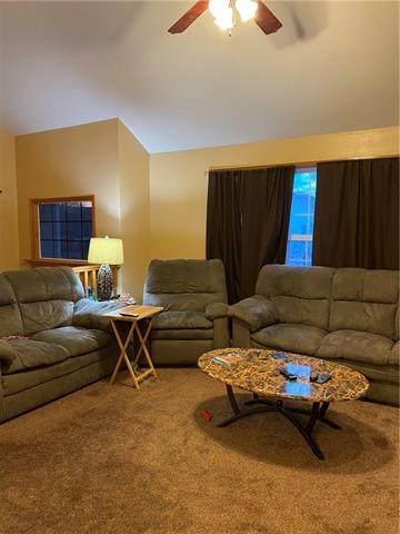 2525 N 110TH Street, Kansas City, KS 66109 (#2307038) :: Five-Star Homes