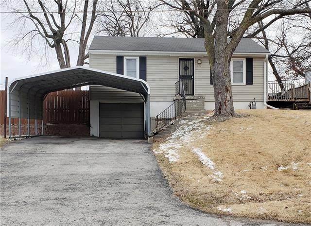 1227 N 51ST Street, Kansas City, KS 66102 (MLS #2307039) :: Stone & Story Real Estate Group