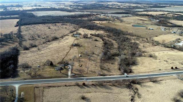 29036 Old Kansas City Road, Paola, KS 66071 (#2307101) :: Dani Beyer Real Estate
