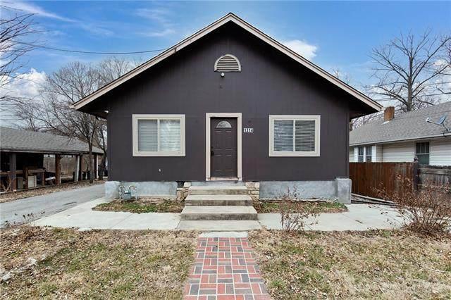 1314 S 42nd Street, Kansas City, KS 66106 (#2307113) :: Dani Beyer Real Estate