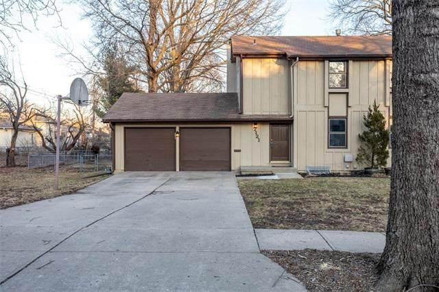 7121 Flint Street, Shawnee, KS 66203 (#2307160) :: House of Couse Group
