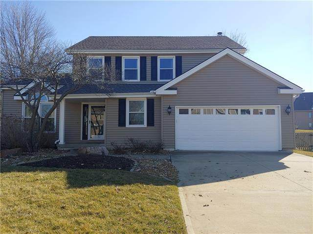 301 SW Green Teal Street, Lee's Summit, MO 64082 (#2307223) :: Five-Star Homes