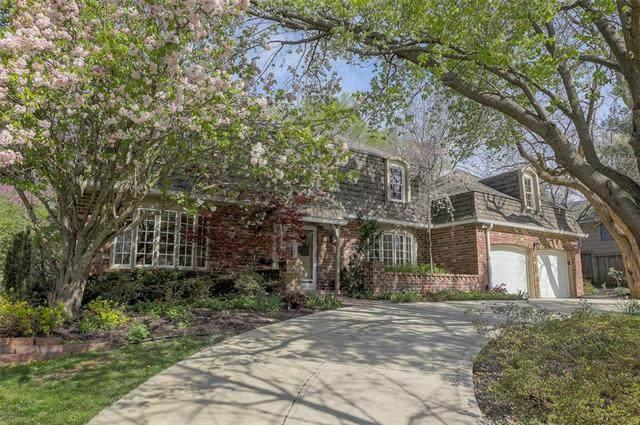 8831 Cherokee Lane, Leawood, KS 66206 (#2307236) :: Audra Heller and Associates