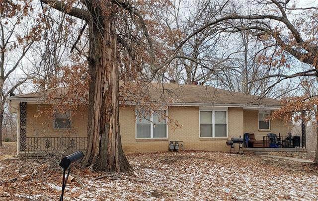 2224 N 56th Terrace, Kansas City, KS 66104 (#2307259) :: Five-Star Homes
