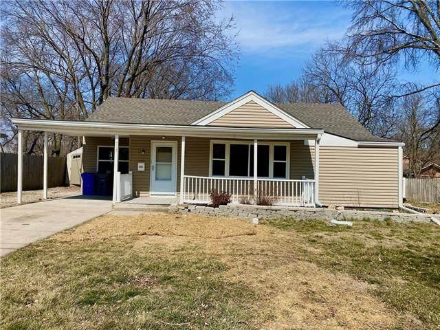 710 W Cedar Street, Olathe, KS 66061 (#2307345) :: Dani Beyer Real Estate