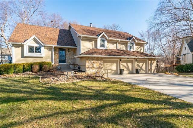 8938 Tomashaw Street, Lenexa, KS 66219 (#2307358) :: Five-Star Homes
