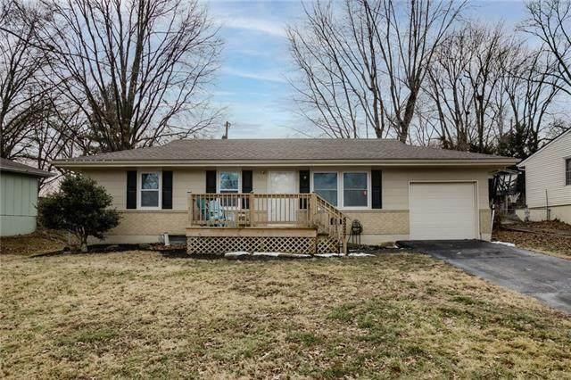 5227 NE 39th Street, Kansas City, MO 64117 (#2307419) :: House of Couse Group
