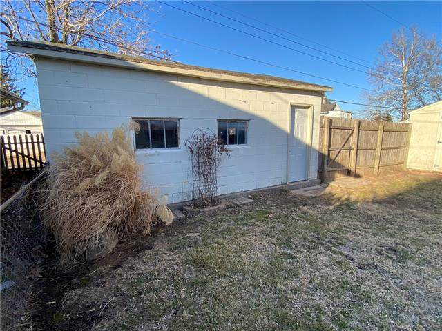 2917 Monterey Street, St Joseph, MO 64507 (#2307487) :: House of Couse Group