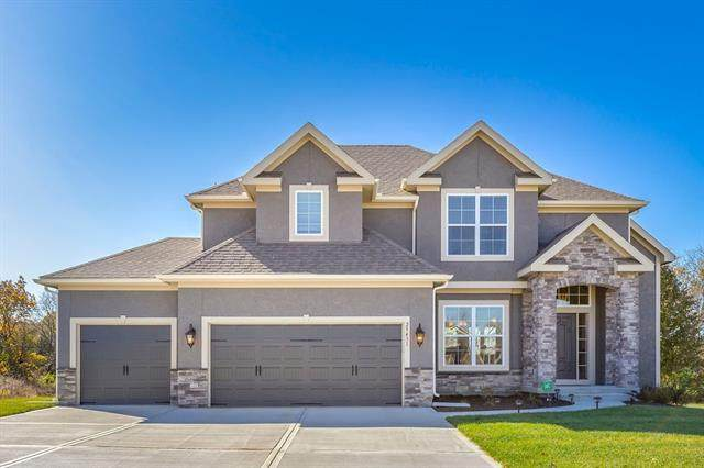14910 S Dawson Street, Olathe, KS 66061 (#2307501) :: Austin Home Team