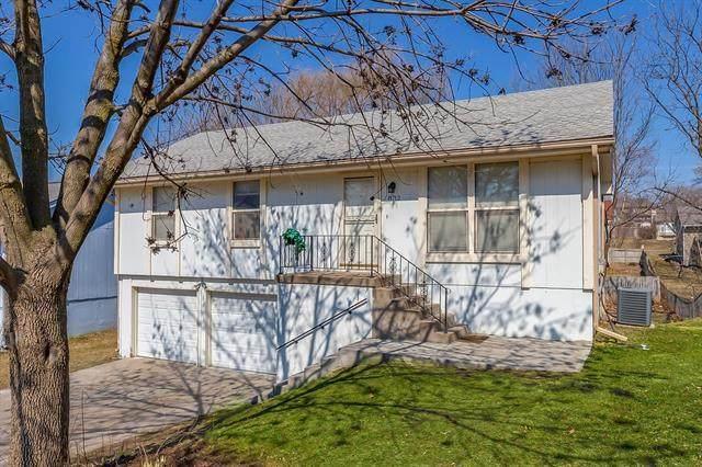 8712 NW 83rd Street, Kansas City, MO 64152 (MLS #2307506) :: Stone & Story Real Estate Group