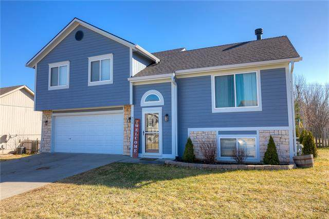 915 Madelyn Drive, Kearney, MO 64060 (#2307531) :: The Rucker Group