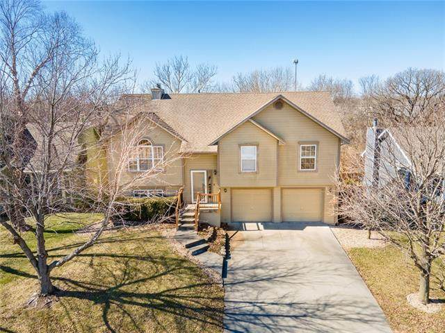 1933 Current Street, Liberty, MO 64068 (#2307560) :: The Rucker Group