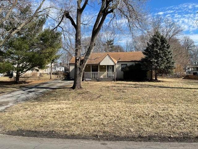 6509 Lane Avenue, Raytown, MO 64133 (#2307615) :: The Kedish Group at Keller Williams Realty
