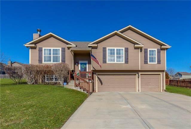 7806 NE 108 Terrace, Kansas City, MO 64157 (#2307691) :: Dani Beyer Real Estate