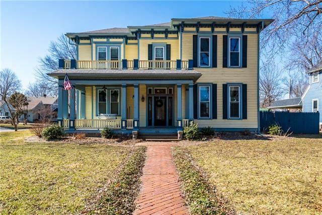 424 S Grand Avenue, Sedalia, MO 65301 (#2307696) :: Five-Star Homes