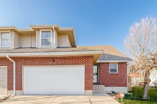 1902 E 61st Terrace, Kansas City, MO 64130 (#2307703) :: Dani Beyer Real Estate