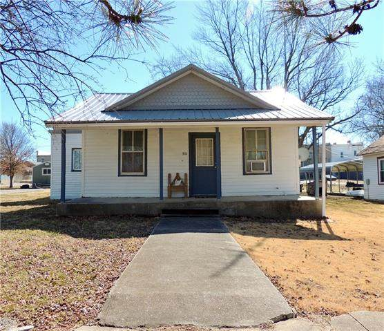 511 Spruce Street, Mound City, KS 66056 (#2307800) :: Beginnings KC Team