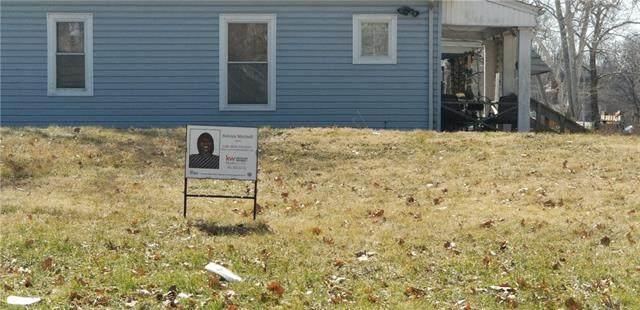 4101 Forest Avenue, Kansas City, MO 64110 (#2307804) :: Dani Beyer Real Estate