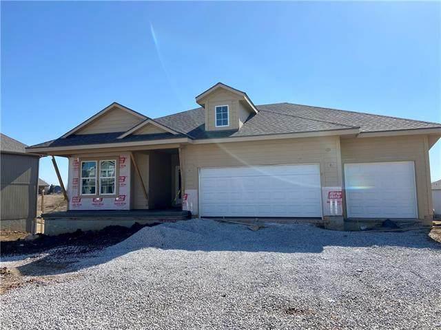 24315 W 58th Terrace, Shawnee, KS 66226 (#2307860) :: Edie Waters Network