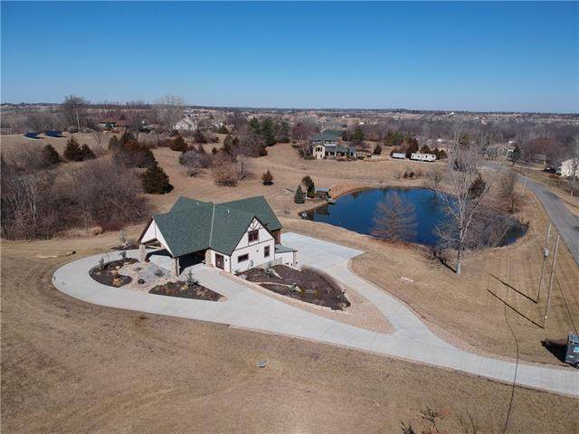 24115 146th Street, Leavenworth, KS 66048 (#2307868) :: Ask Cathy Marketing Group, LLC