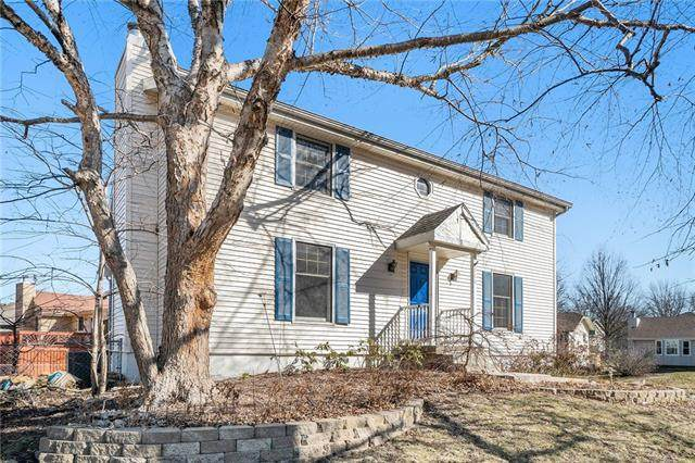 920 NE 108th Terrace, Kansas City, MO 64155 (#2307996) :: Ask Cathy Marketing Group, LLC