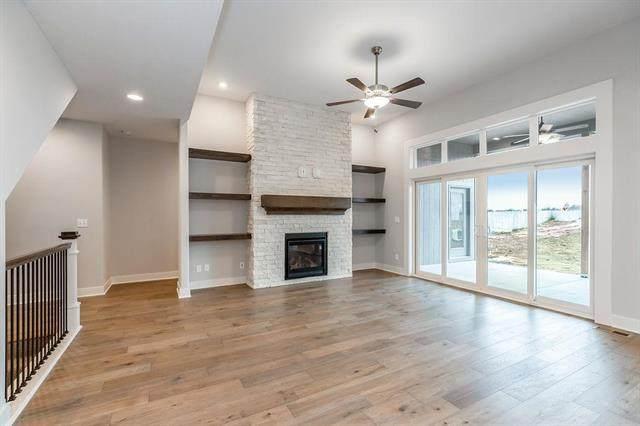 22655 W 88th Street, Lenexa, KS 66227 (#2308065) :: Eric Craig Real Estate Team