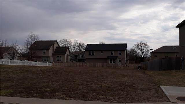 1431 N 10th Street, Louisburg, KS 66053 (#2308084) :: Five-Star Homes