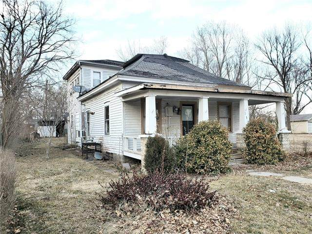 118 Pacific Avenue, Osawatomie, KS 66064 (#2308098) :: Five-Star Homes