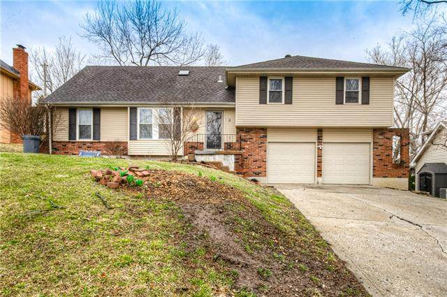 6 NW 53rd Terrace, Gladstone, MO 64118 (#2308135) :: Ron Henderson & Associates