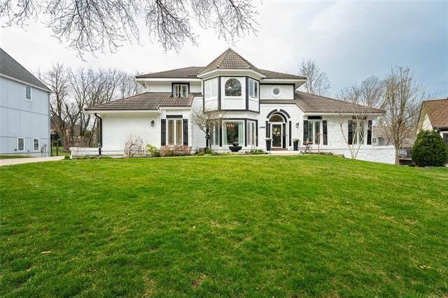 12508 Barton Street, Overland Park, KS 66213 (#2308213) :: Five-Star Homes