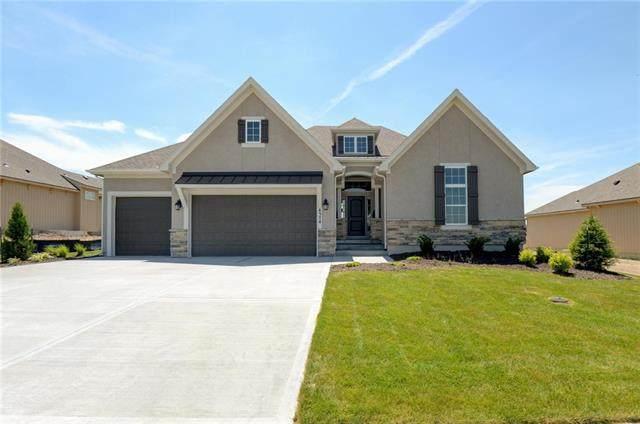 9145 Gander Street, Lenexa, KS 66227 (#2308333) :: Audra Heller and Associates