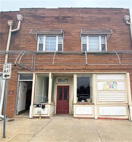 109 W Culton Street, Warrensburg, MO 64093 (#2308357) :: Ask Cathy Marketing Group, LLC