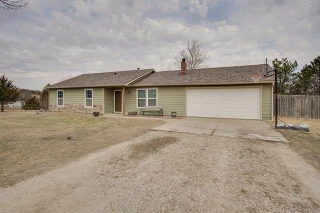 962 N 1892 Road, Lawrence, KS 66044 (MLS #2308405) :: Stone & Story Real Estate Group