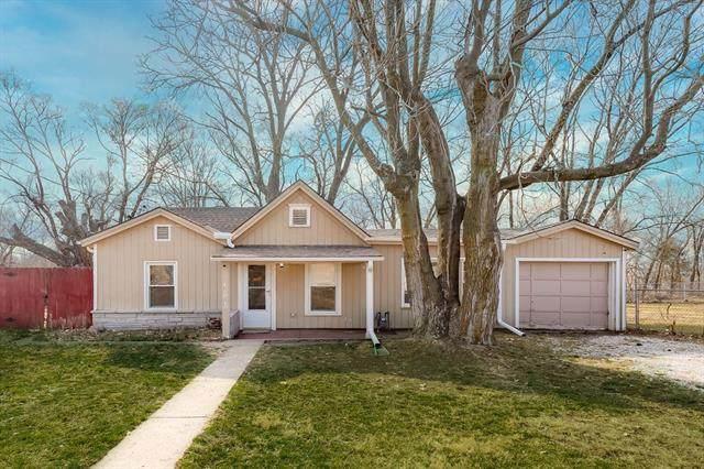 1816 S 17th Street, Kansas City, KS 66103 (#2308525) :: Five-Star Homes