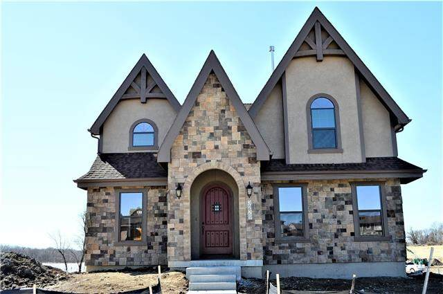 3229 SW Mary Street, Lee's Summit, MO 64081 (MLS #2308733) :: Stone & Story Real Estate Group