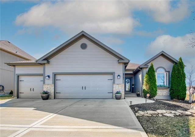 8721 NE 99th Street, Kansas City, MO 64157 (#2308851) :: Dani Beyer Real Estate