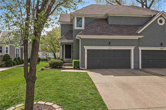 12008 Mackey Street, Overland Park, KS 66213 (MLS #2308945) :: Stone & Story Real Estate Group
