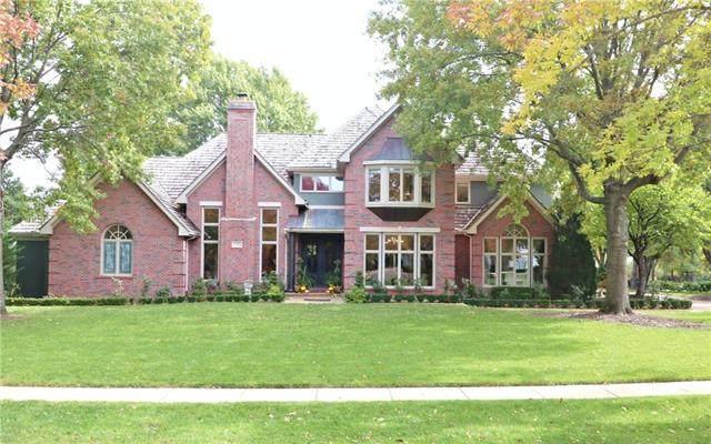 11709 Brookwood Avenue, Leawood, KS 66211 (#2308994) :: Five-Star Homes